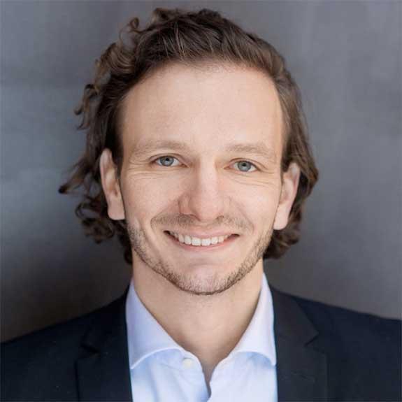 Dr. David Hötzel