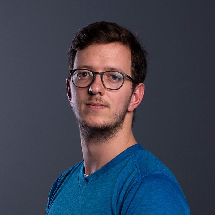 Dennis-Van-Der-Vecht-speaker